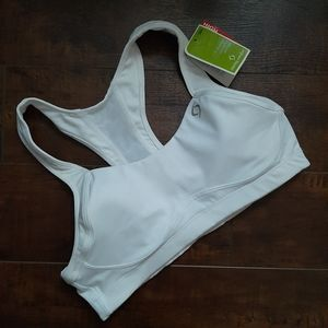 Moving Comfort Charity Sports Bra NWT Size 34A